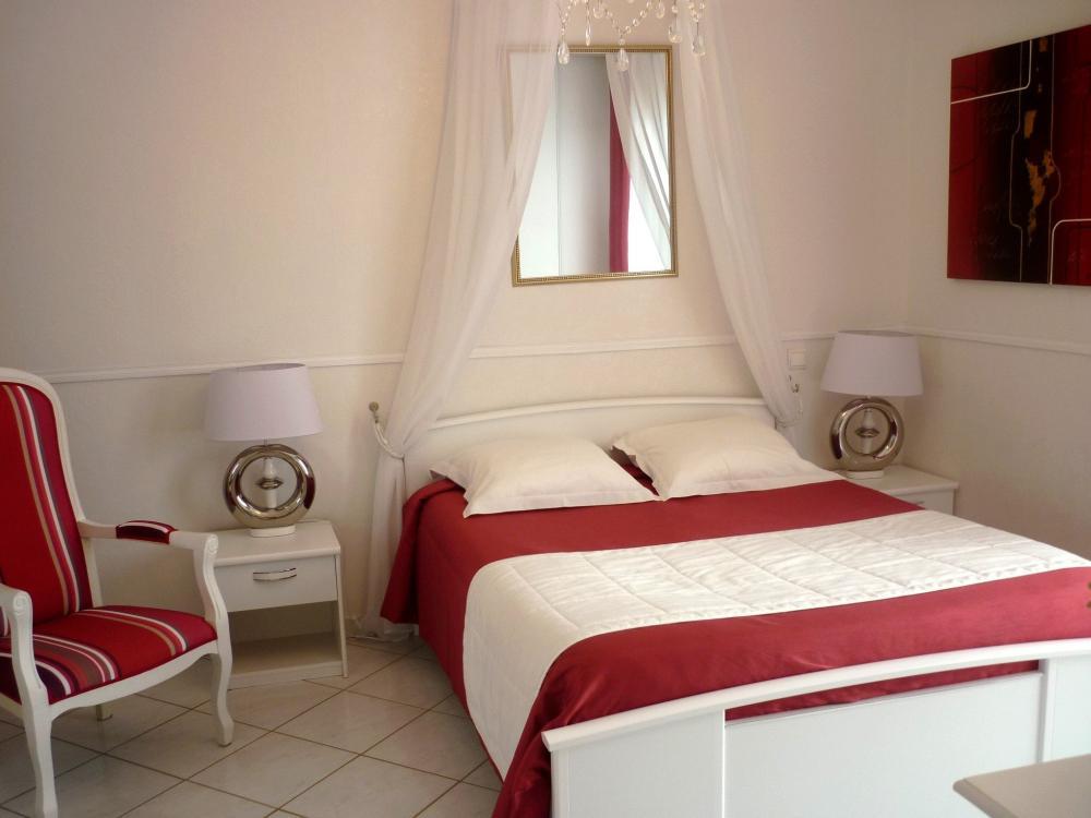 photos les jardins de champfleury chambre d 39 h tes au puy en velay. Black Bedroom Furniture Sets. Home Design Ideas