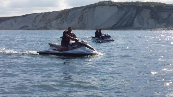 Jet ski hire leisure activity in anglet for Jet 64 anglet