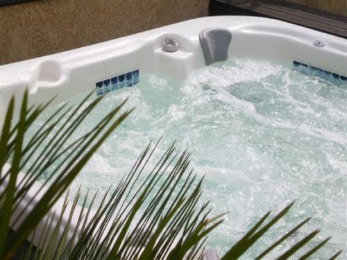 le6loliveraie location de vacances martigues. Black Bedroom Furniture Sets. Home Design Ideas