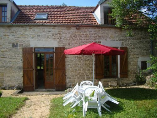 La maison d'Agnès - Location - Vacances & week-end à Jully