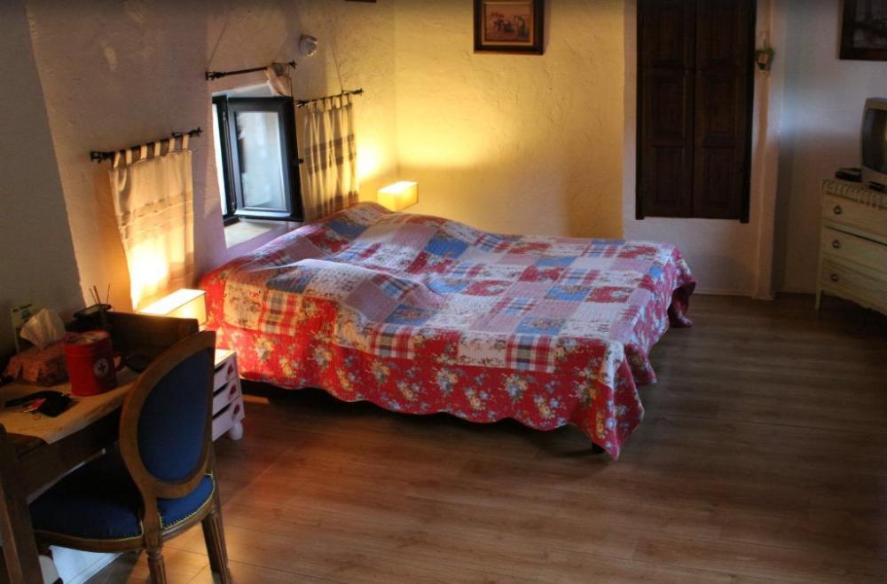 bilder la maison de julie g stezimmer in entrevaux. Black Bedroom Furniture Sets. Home Design Ideas
