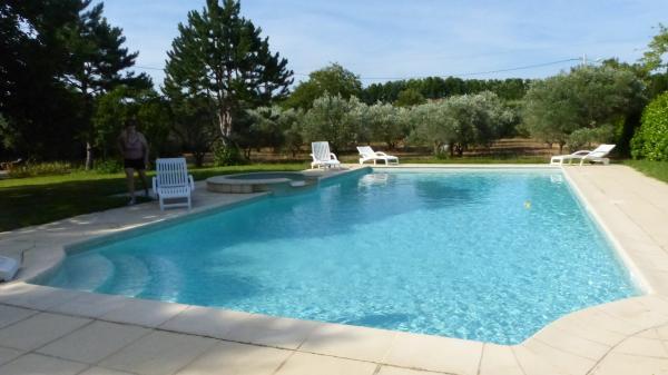 location vacances week end cazouls dhrault maison avec piscine
