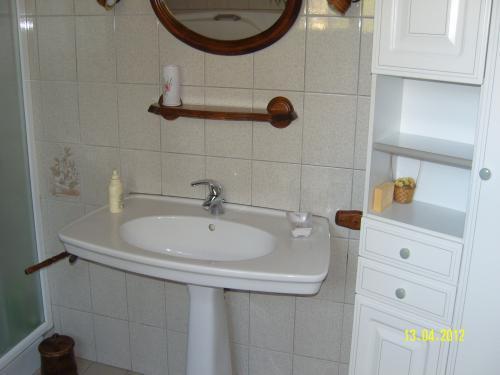 photos manoir de rouill chambre d 39 h tes saint aubin d 39 appenai. Black Bedroom Furniture Sets. Home Design Ideas