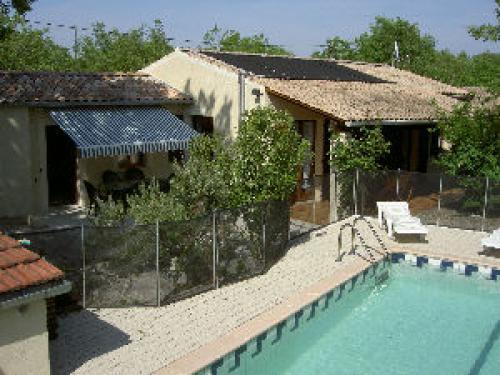 Mas dolder location de vacances saint alban auriolles for Camping ardeche avec piscine pas cher