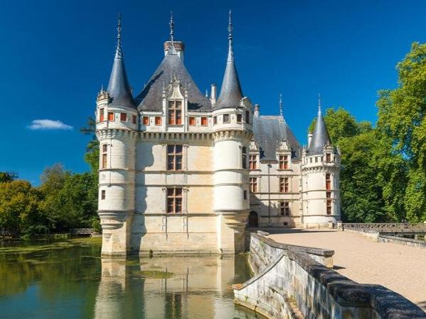 minibus excursion to the ch teaux de azay le rideau chenonceau amboise wine cellar and visit. Black Bedroom Furniture Sets. Home Design Ideas