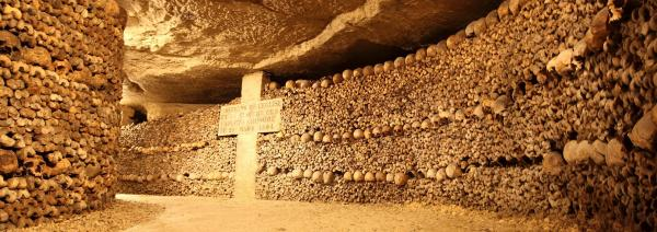 Paris Catacombs: Skip-the-line access + Guided tour in English - Activity - Holidays & weekends in Paris