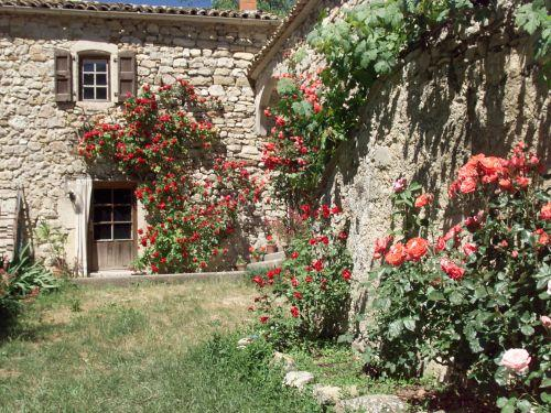 Petite maison dalberto 26310 val-maravel - Rental - Holidays & weekends in Val-Maravel