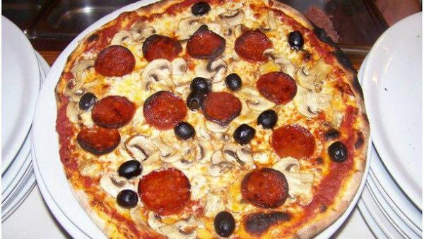 Pizza Nuova - Restaurant - Holidays & weekends in Lizy-sur-Ourcq