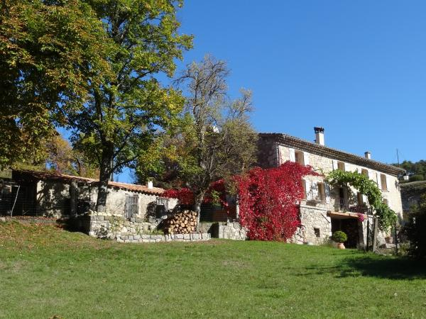 The Pradon - Bed & breakfast - Holidays & weekends in Comps-sur-Artuby