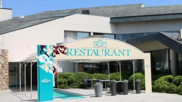 Relais Saint-Michel - Restaurant - Holidays & weekends in Le Mont-Saint-Michel