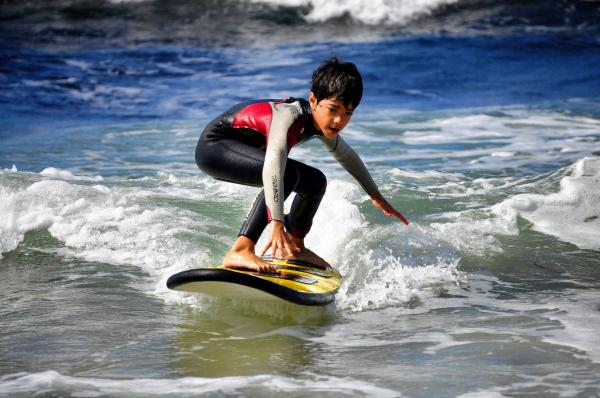 Surfing lessons or course - Activity - Holidays & weekends in Saint-Brevin-les-Pins