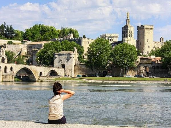 Tour Provence: Discover Avignon and the Villages of Luberon - Activity - Holidays & weekends in Aix-en-Provence