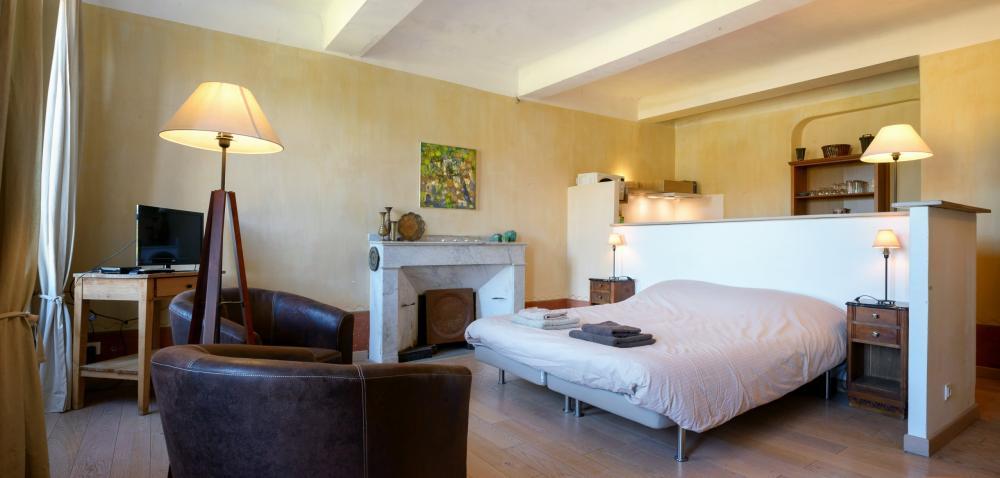 Photos vacances en luberon chambre d 39 h tes reillanne for Chambre d hotes luberon