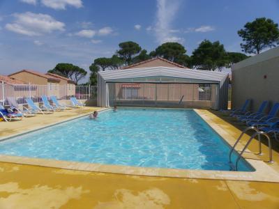 Villa calvisson mas des vignes 30 gard location de for Piscine calvisson