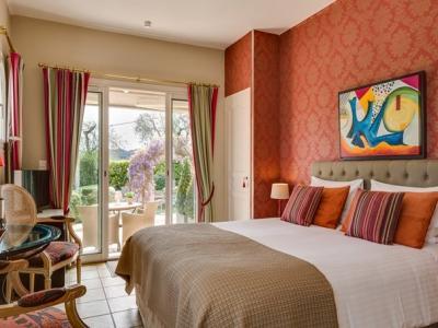 villa c dria chambres d 39 h tes b b chambre d 39 h tes la colle sur loup. Black Bedroom Furniture Sets. Home Design Ideas