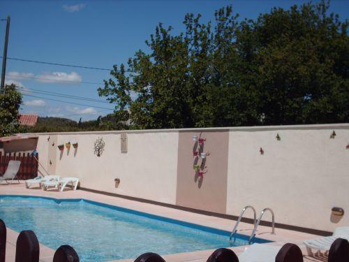Villa avec piscine location de vacances vaison la romaine for Week end avec piscine privee
