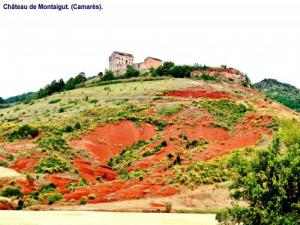 Panorama on the hill with the castle ( © Jean Espirat )
