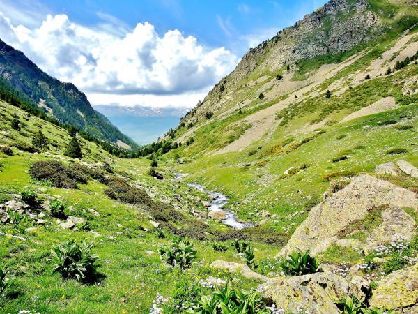 Le parc naturel r gional des pyr n es catalanes guide tourisme vacances - Les pyrenees catalanes ...